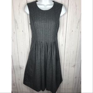 Banana Republic Wool Pleat Front Gray Dress Size 6
